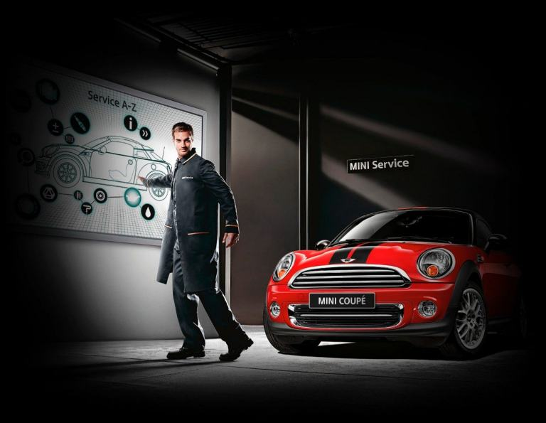 MINI Software updates and accessories. MINI Services